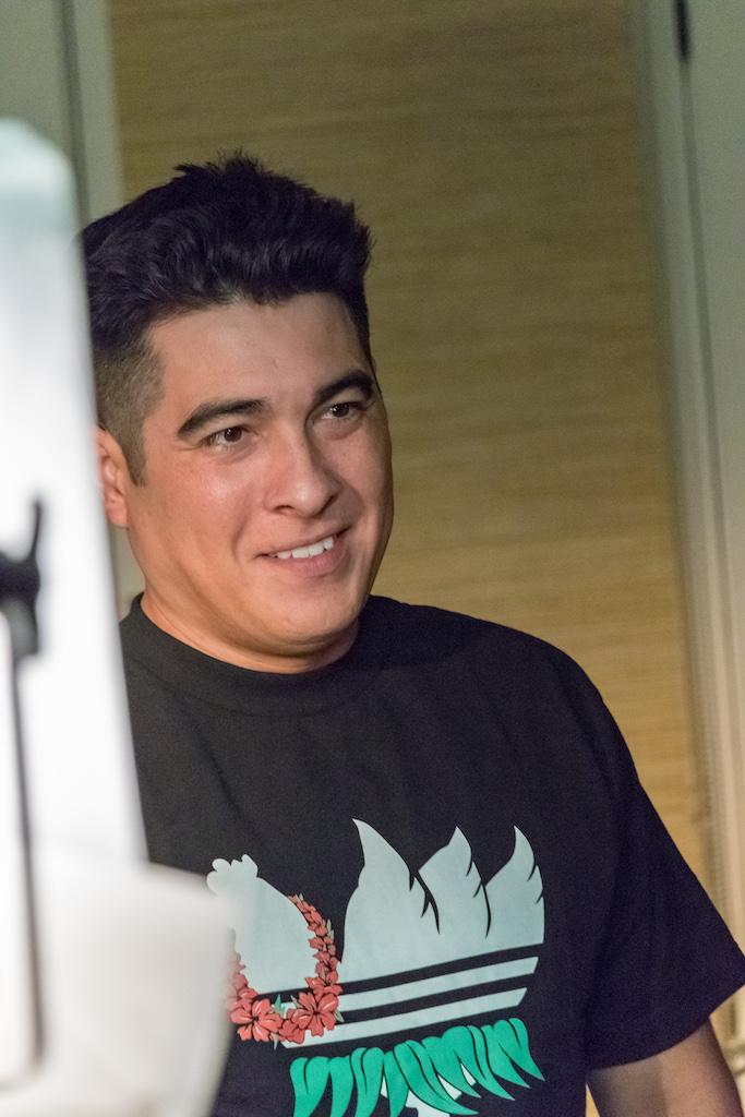 noel butcher music video island blue shirt